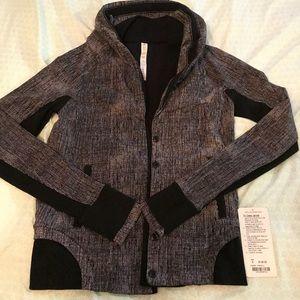 Lululemon to class jacket sz 6 NWT